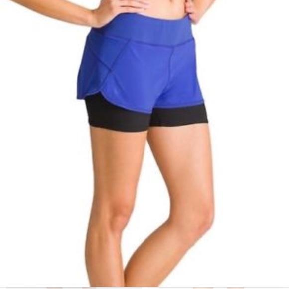 Athleta Pants - Athleta 2 in 1 Pulse Shortie Shorts Double Layer
